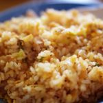 炒飯は弱火で簡単!水島シェフ科学的レシピ『レタスチャーハン』