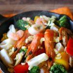 おにぎりとあさりの味噌汁で本格パエリア!サイゲン大介コンビニ食材を使った簡単レシピ